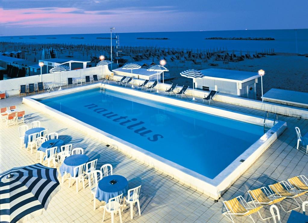 Hotel Nautilus... tre stelle sul mare!